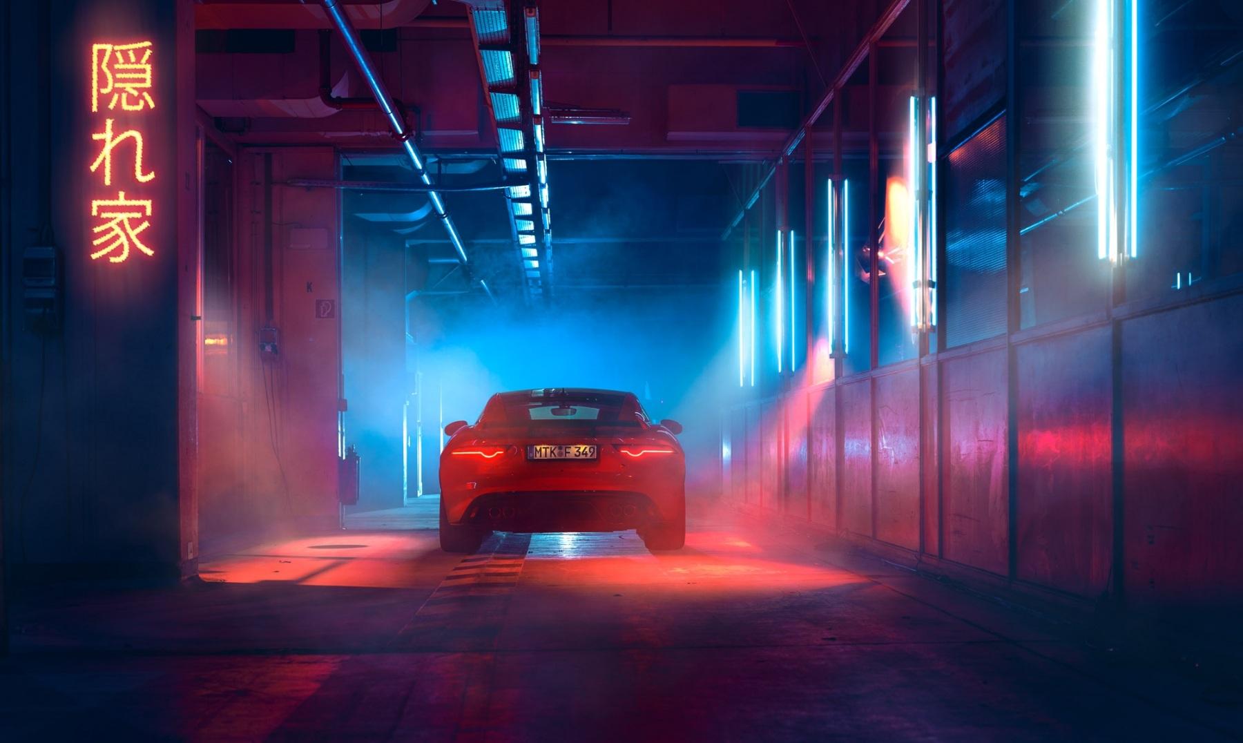 Jaguar_F_Type_Heck_Tunnel_rgb